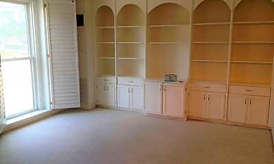 Living Room, 333 2nd St NE, 0