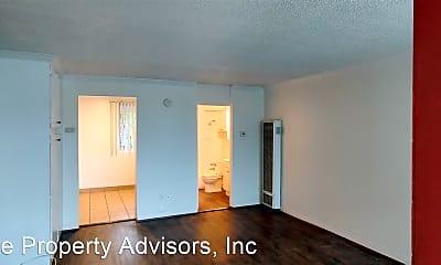 Living Room, 3650 Florida St, 2