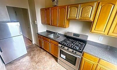 Kitchen, 2835 Bainbridge Ave, 0