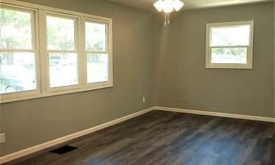 Bedroom, 1094 S Hampton Rd, 1