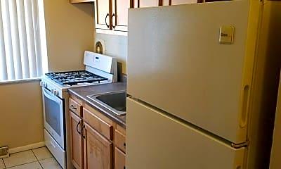 Kitchen, 9101 Olive Blvd, 1