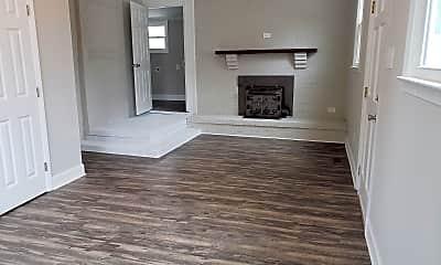 Living Room, 516 N Franklin St, 0