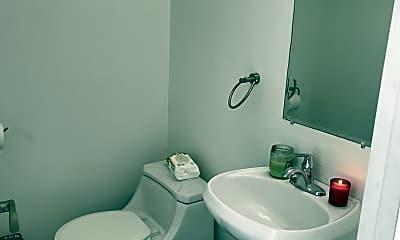 Bathroom, 6301 N Sheridan Rd 25K, 2