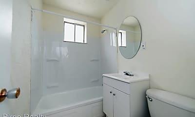 Bathroom, 283 Moon Clinton Rd, 2