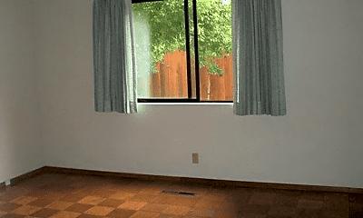 Bedroom, 1522 Shasta Ave, 1