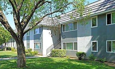 El Cazador Apartments, 1