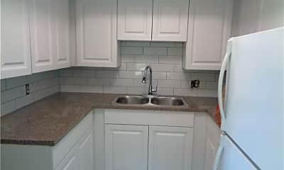 Kitchen, 23 NE 19th Ave 1, 2