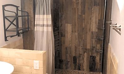Bathroom, 526 N Granite St, 2