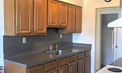 Kitchen, 98 Stonehurst Blvd G, 0