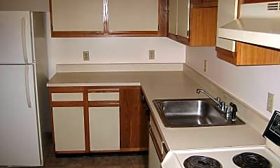 Kitchen, Meadowbrook Apartments, 2