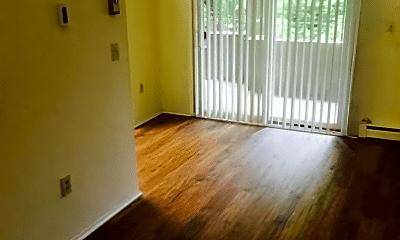 Living Room, 152 Burgundy Hill Ln, 2