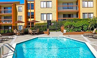 Pool, eaves Diamond Heights, 0