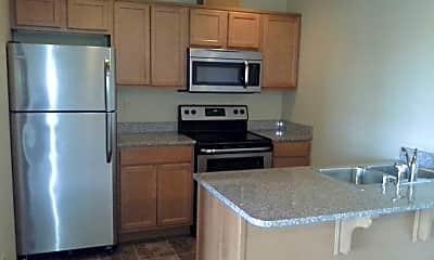 Kitchen, 2216 Mercedes Dr, 1