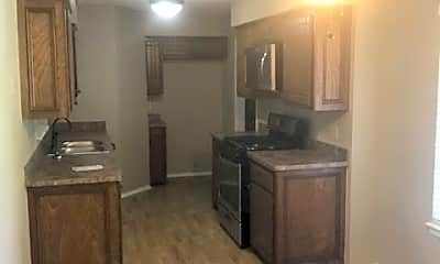 Kitchen, 11605 Roxboro Ave, 1