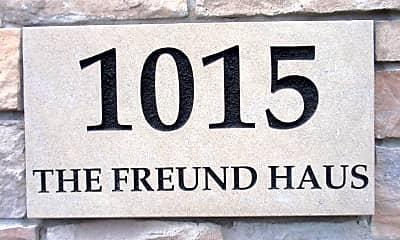 1015 University Ave SE, 0
