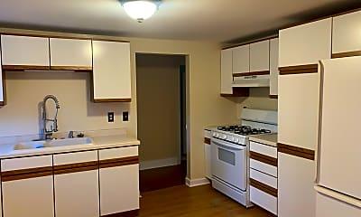 Kitchen, 622 Milwaukee St, 2