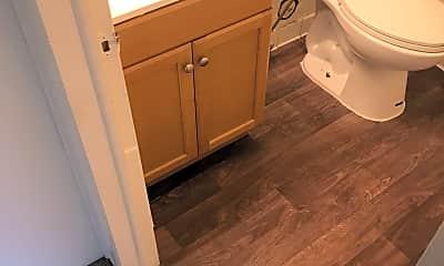 Bathroom, Ramblewood Apartments, 2