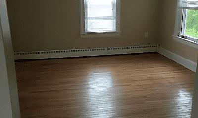 Living Room, 18 Knollwood Rd, 2
