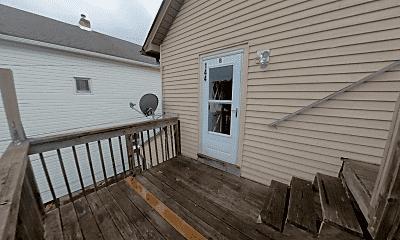 Patio / Deck, 144 Bullman St, 2