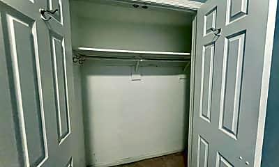 Bedroom, 1114 P St NW, 2