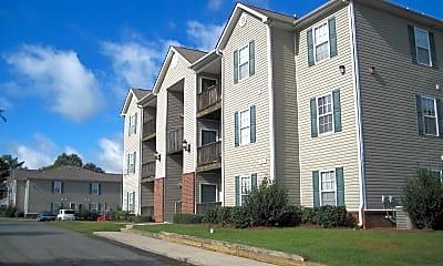 Oak Leaf Apartments, 1