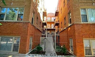 Building, 1009 N Oakley Blvd, 0