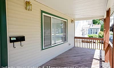 Patio / Deck, 547 3rd St NW, 1