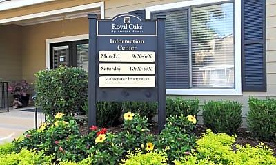 Leasing Office, Royal Oaks, 1