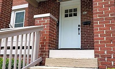 Building, 52 E Gates St, 1