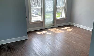 Living Room, 703 Highland Ave, 1