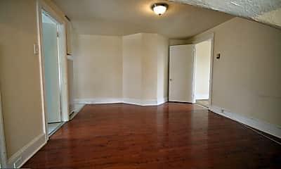 158 Montgomery Ave 3, 0