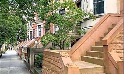 Building, 134 Midwood St, 2