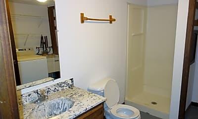 Bathroom, 3150 St Paul Ave, 2