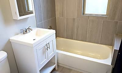Bathroom, 741 N Ridgeway Ave, 2