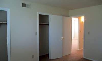 Bedroom, LaSalle Gardens, 2