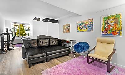 Living Room, 229 Chrystie St 825, 0