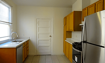 Kitchen, 908 Florida St, 1