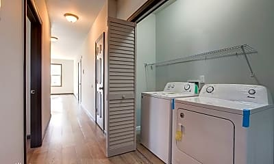 Bathroom, 53/51 Lindsley Ave, 1