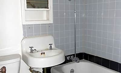 Bathroom, 7527 W National Ave, 2