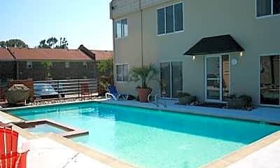 Pool, 304 28th St 101, 1