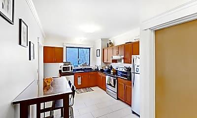 Kitchen, 27 Glenville Avenue, Unit 5, 0