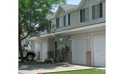 Riverview Townhomes, 1