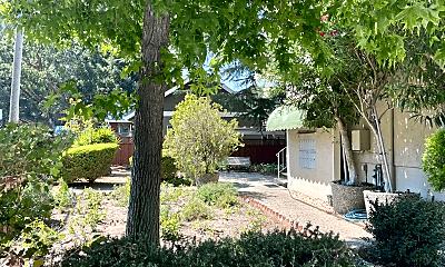 Living Room, 167 Villa Ave, 2
