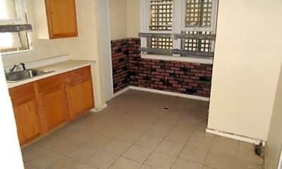 Living Room, 15509 Lauder St, 2