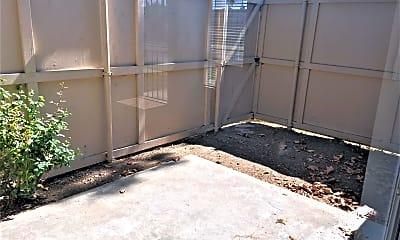 Patio / Deck, 1423 W 7th St, 2