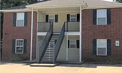 Building, 811 N 48th St, 0