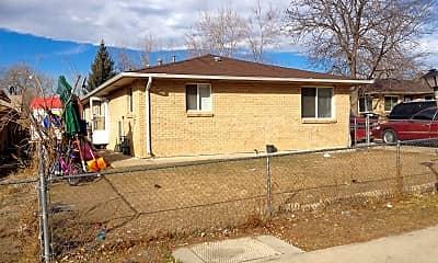 Building, 17 Cedar Ct, 2