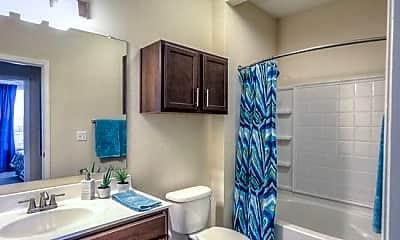 Bathroom, 2205 W Walker St, 2
