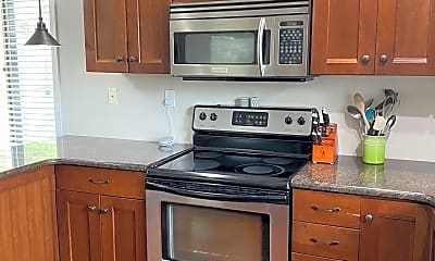 Kitchen, 411 Conestoga Rd 14, 1