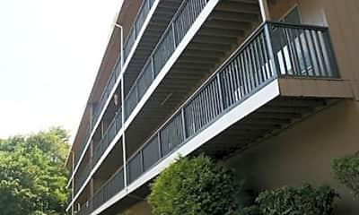 City View Apartments, 2
